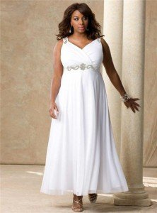 Вечернее платье большого размера можно купить или пошить в ателье