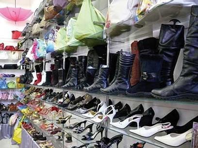 Сдать обувь назад в магазин